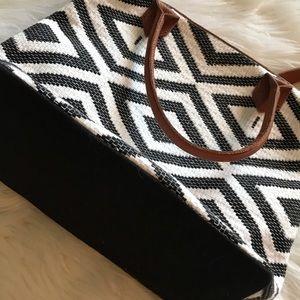 Tribe Alive Bags - Tribe Alive handbag NWOT